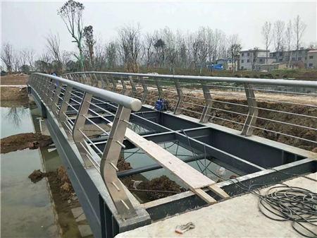 广州Q355C桥梁防撞护栏规格齐全