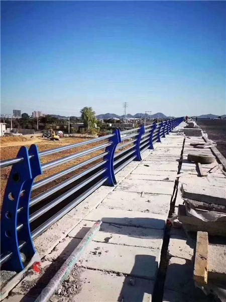 广州Q355D防撞护栏实力雄厚