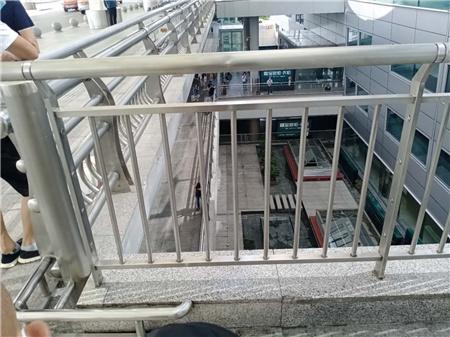 广州Q355B碳钢护栏价格公道合理