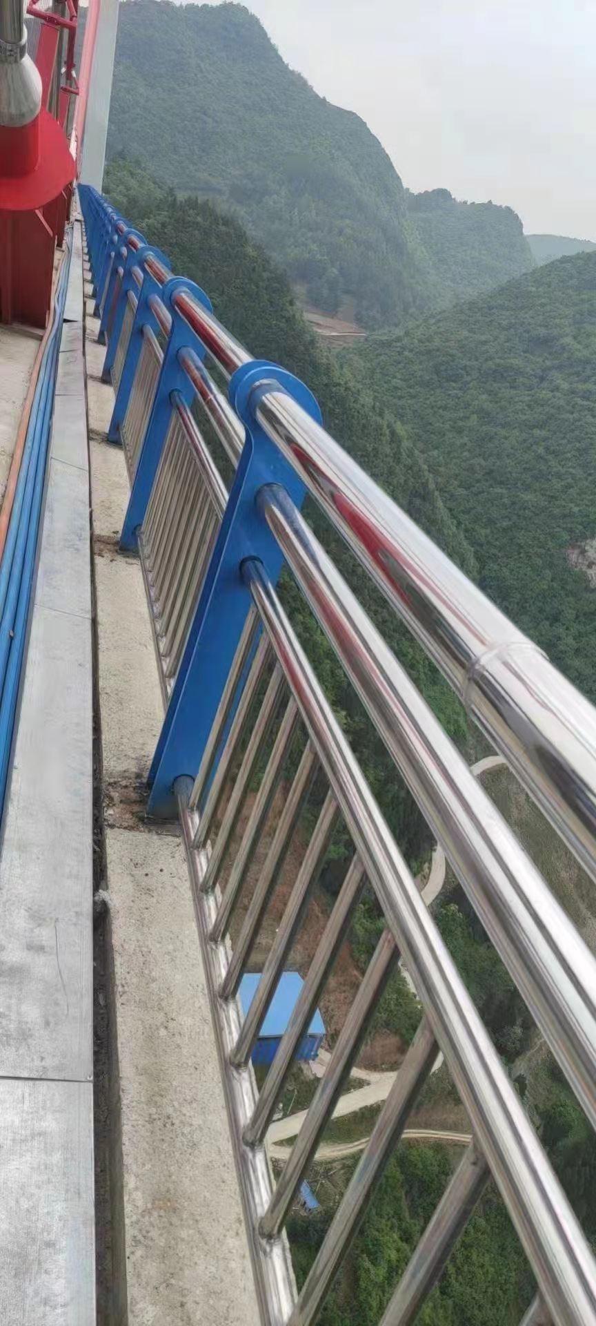 赣州桥梁栏杆价格合理