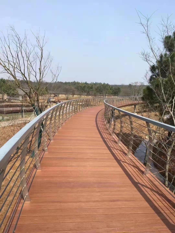 赣州不锈钢桥梁护栏按需定做
