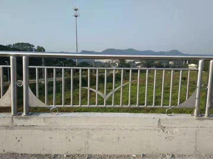 赣州201不锈钢栏杆精于选材