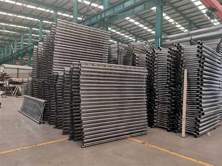 抚州304不锈钢碳素钢复合管护栏工艺讲究